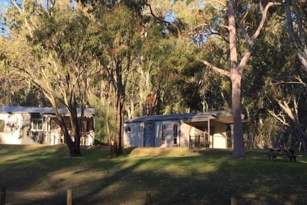 Riverview Villa Henty and Westener